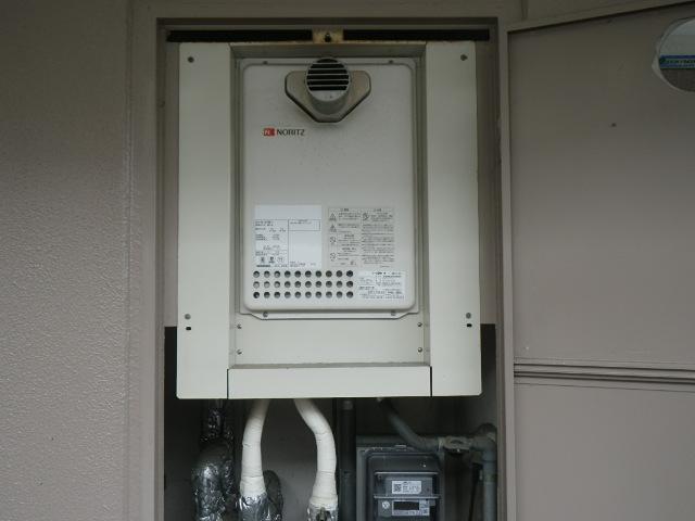 西宮市小松西町マンション ノーリツ16号ガス給湯器 取替交換工事施工 GQ-1623WE-T から GQ-1639WS-T-1
