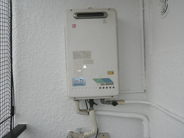 神戸市灘区原田通 マンション ノーリツ16号 ガス給湯器 取替交換工事施工 GQ-166WE から GQ-1639WS-1