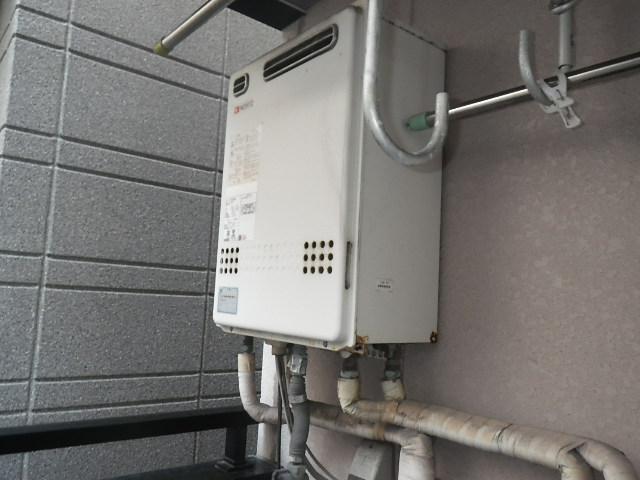 大阪府大阪市東成区大今里南 戸建住宅 ノーリツ24号エコジョーズ ガスふろ給湯器 取替交換工事施工 GT-2422SAWX から GT-C2462SAWX BL