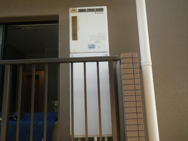 西宮市門戸西町 マンション ノーリツ 16号ガスふろ給湯器 取替交換工事施工 31-286 から GT-1660SAWX-1