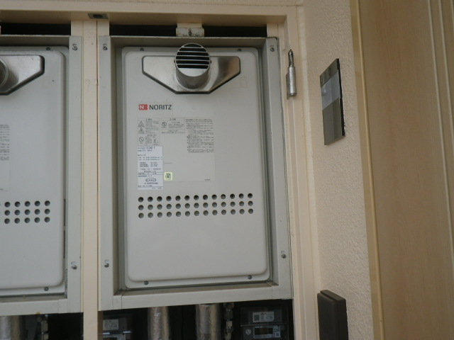 西宮市高木東町 マンション ノーリツ16号ガス給湯器 取替交換工事施工 GQ-1612WE-T から GQ-1639WS-T-1