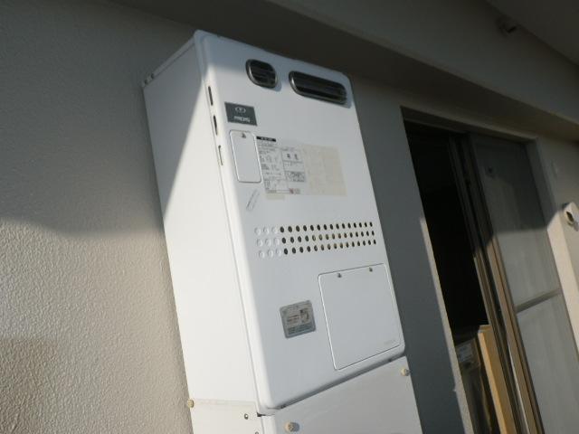 芦屋市南宮町マンション ノーリツ24号ガス温水暖房付ふろ給湯器 取替交換工事施工 135-1020 GTH-2417SAWXD から GTH-2444SAWXD-1