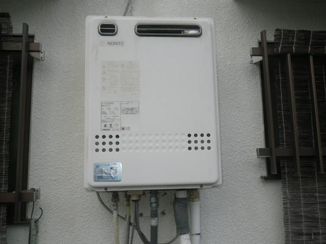 川西市東畦野 戸建住宅 ノーリツ16号ガス風呂給湯器 取替交換工事施工 GT-1627SAWX から GT-1660SAWX BL