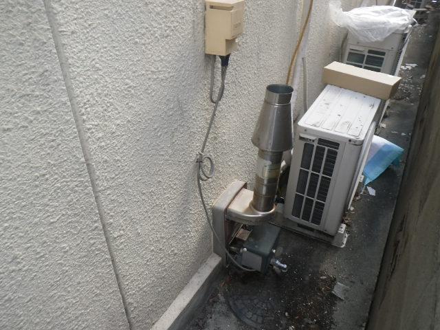 尼崎市上之島 戸建住宅 ノーリツ ガス風呂釜 取替交換工事施工 オカキン製 から GSY-132D
