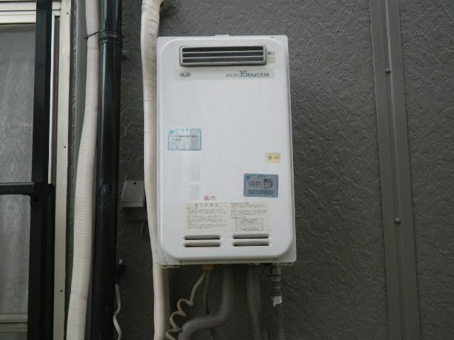 尼崎市上之島町ハイツ ノーリツ16号ガス給湯器 取替交換工事施工 33-390A YS1621RR から GQ-1639WS-1