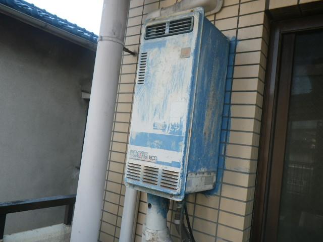 西宮市今津水波町マンション ノーリツ16号ガス給湯器 取替交換工事施工 GQ-1639WS-1