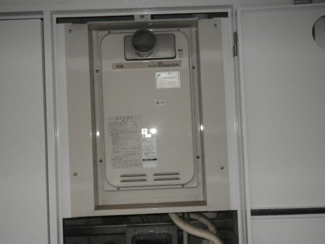 尼崎市七松町マンション ノーリツ16号ガス給湯器 取替交換工事施工 33-742 YS1631RGR から GQ-1639WS-T-1