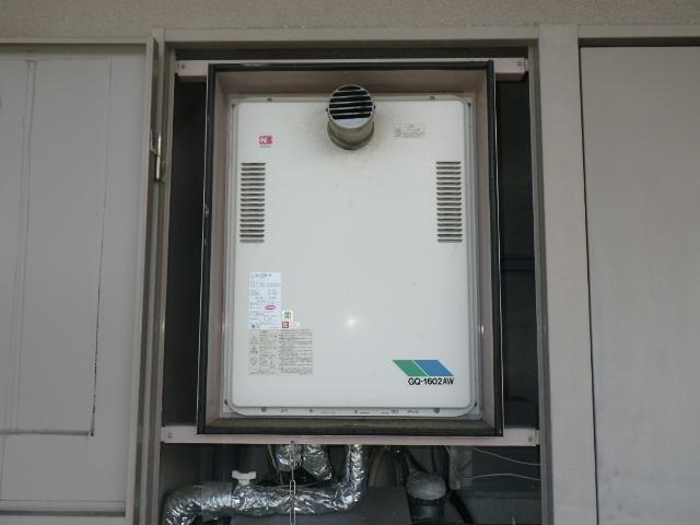 神戸市須磨区道正台マンション ノーリツ16号ガス給湯器 取替交換工事施工 GQ-1602AW-T から GQ-1627AWX-T-DX BL