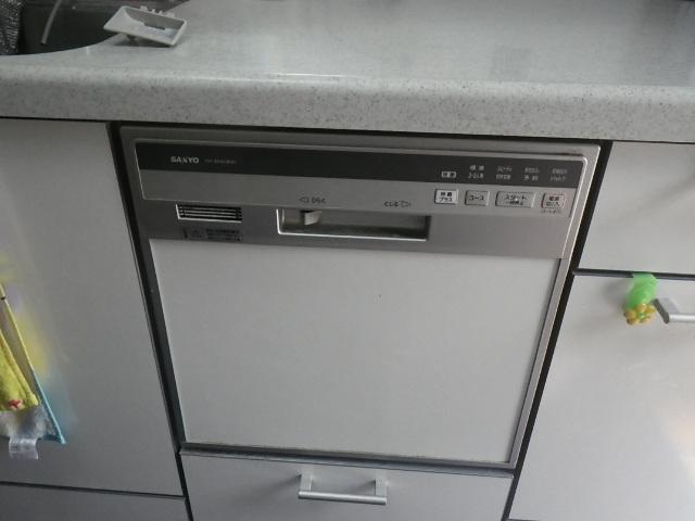 神戸市東灘区深江北町 戸建住宅 パナソニック食器洗い乾燥機 取替交換工事施工 DW-SF451B から NP-45RS7K