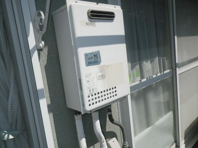 神戸市東灘区甲南町ハイツ ノーリツ16号ガス給湯器 取替交換工事施工 GQ-1623WA から GQ-1639WS-1