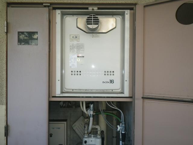 神戸市垂水区坂上マンション リンナイ 16号ガスふろ給湯器 PS扉内設置 取替交換工事施工 大阪ガス 31-597 GT-1601SAWX-T から RUF-A1615SAT(B)
