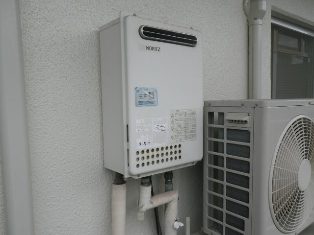 尼崎市東園田町マンション ノーリツ 24号ガス給湯器 取替交換工事施工 GQ-2423WA から GQ-2439WS-1