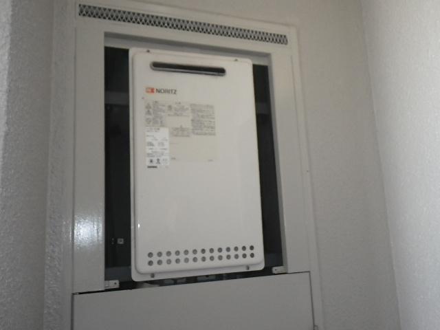 神戸市東灘区深江北町マンション ノーリツ16号ガス給湯器取替交換工事施工 GQ-1612WE から GQ-1639WS-1