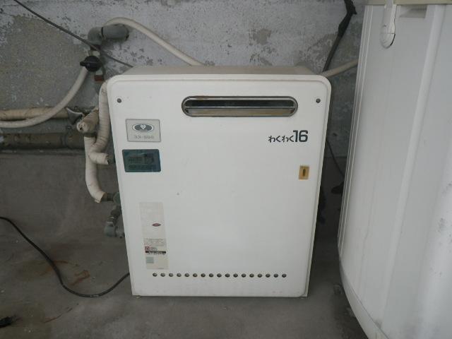 西宮市上ヶ原 戸建住宅 ノーリツ16号ガス給湯器 据置設置型 取替交換工事施工 大阪ガス 33-589 から GQ-1637RX