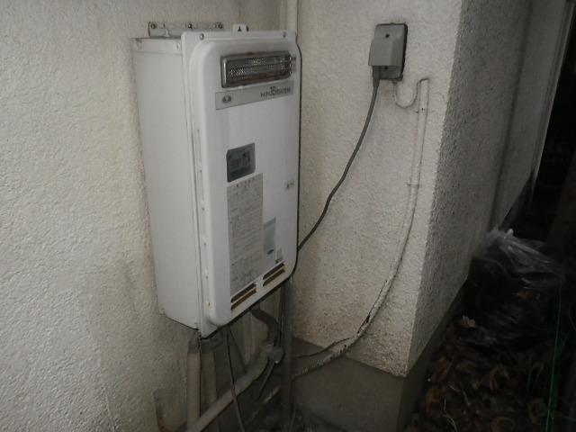 尼崎市西立花町戸建住宅 ノーリツ20号ガス給湯器 取替交換工事施工 大阪ガス33-390A から GQ-2039WS-1