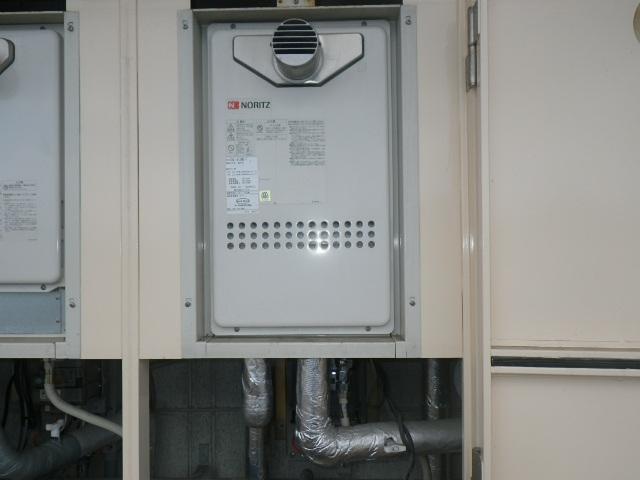 神戸市灘区天城通マンション ノーリツ16号ガス給湯器 取替交換工事施工 GQ-1612WE-T から GQ-1639WS-T-1