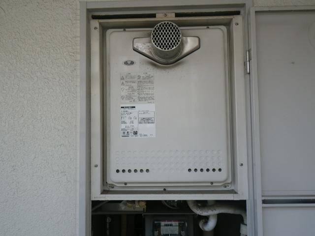 尼崎市南塚口町マンション ノーリツ16号ガスふろ給湯器 取替交換工事施工 大阪ガス 131-N822 GT-1628SAWX-T から GT-1660SAWX-T-1 BL