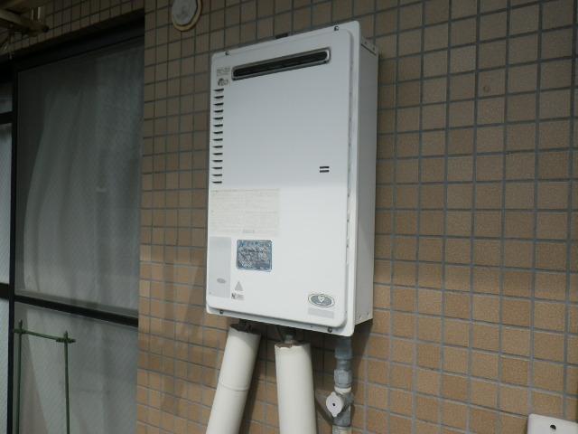 尼崎市南塚口町マンション ノーリツ16号ガス給湯器 取替交換工事施工 大阪ガス 33-440 から GQ-1639WS-1