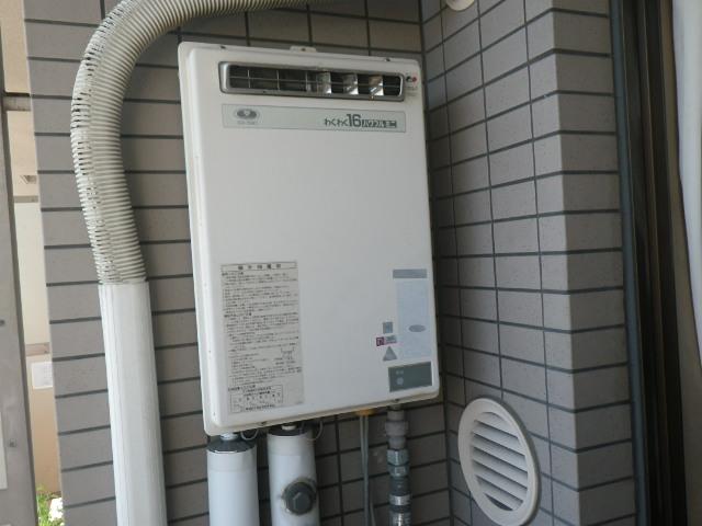 京都市南区東九条マンション ノーリツ16号ガス給湯器 取替交換工事施工 大阪ガス33-580 YS1619R から GQ-1639WS-1