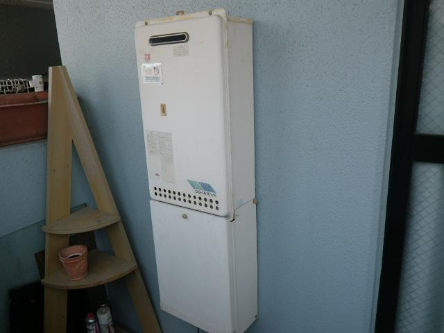 尼崎市大庄西町マンション ノーリツ16号ガス給湯器 取替交換工事施工 GQ-1610WE から GQ-1639WS-1