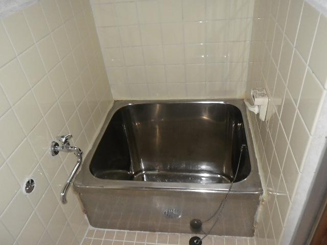 尼崎市南武庫之荘 文化住宅 ノーリツ16号 ガス給湯器 浴室シャワー水栓 新設工事 GQ-1639WS-1