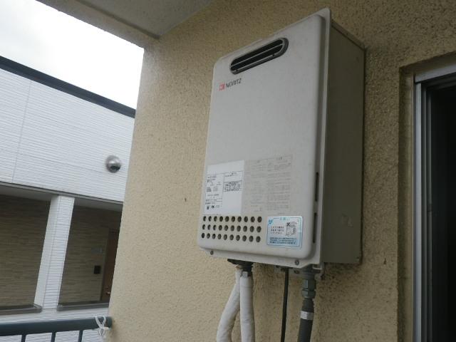 尼崎市塚口本町 マンション ノーリツ16号ガス給湯器 取替交換工事施工 GQ-1623WE から GQ-1639WS-1