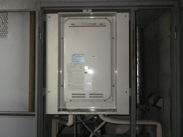 尼崎市久々知 マンション ノーリツ16号ガス給湯器 高温差し湯 取替交換工事施工 31-668 YV1631RM から GQ-1627AWX-TB-DX BL