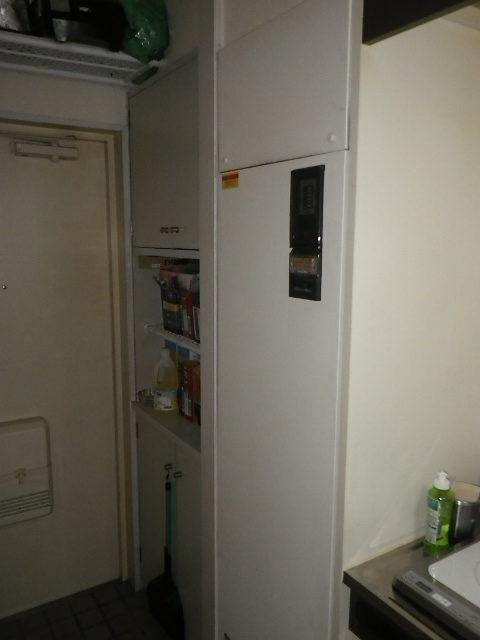 尼崎市南武庫之荘マンション パナソニック150ℓ電気温水器 取替交換工事施工 DH-1503H から DH-15T5ZM