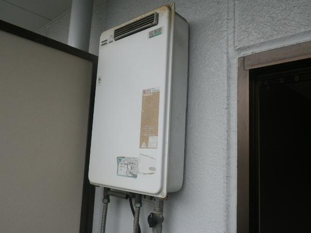 伊丹市中央マンション ノーリツ16号ガス給湯器 取替交換工事施工 パーパス SQ-160R から GQ-1639WS-1