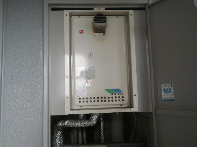 大阪市福島区海老江マンション ノーリツ16号ガス給湯器 取替交換工事施工 GQ-1610WE-T から GQ-1639WS-T-1