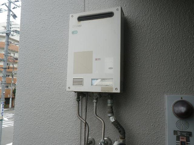 大阪市西淀川区姫里マンション ノーリツ16号ガス給湯器 取替交換工事施工 TOTOガス給湯器 から GQ-1639WS-1