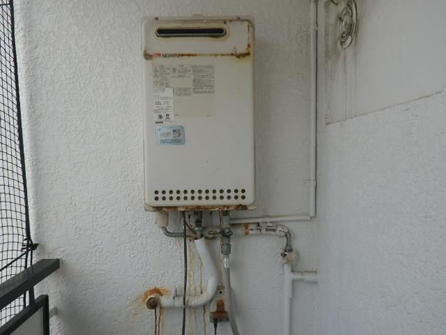 神戸市灘区原田通マンション ノーリツ16号ガス給湯器 取替交換工事施工 GQ-1612WE から GQ-1639WS-1