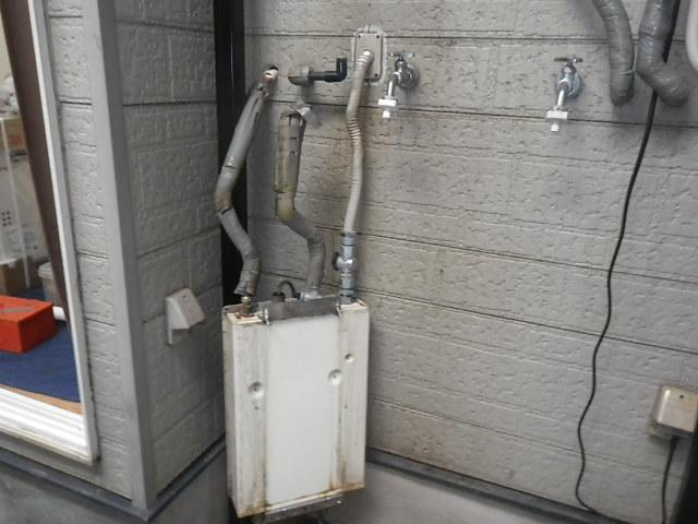 尼崎市塚口本町ハイツ ノーリツ16号ガス給湯器 取替交換工事施工 ユメックス OUR-1600EE から GQ-1639WS-1