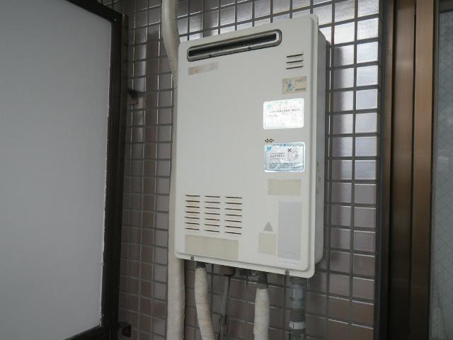 尼崎市武庫之荘 マンション ノーリツ16号ガス給湯器 取替交換工事施工 ユメックスOUR-1600EE から GQ-1639WS-1