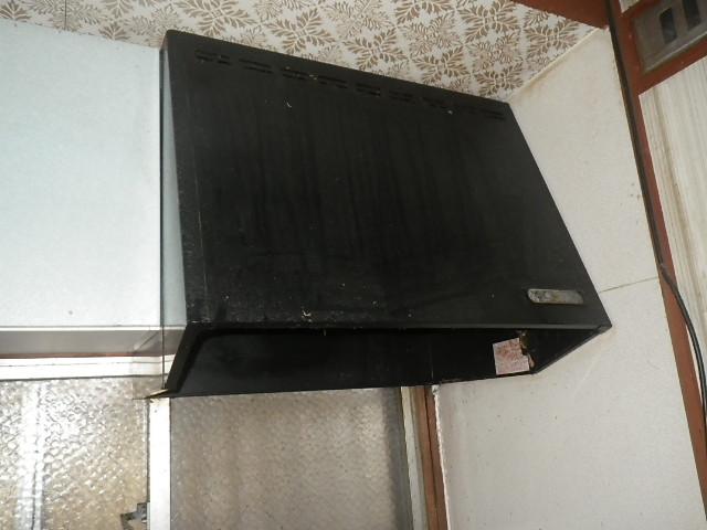 大阪市淀川区 戸建住宅 ノーリツ スリム型ノンフィルター取替交換工事施工 フード型プロペラ換気扇 から NFG7S20MSIL