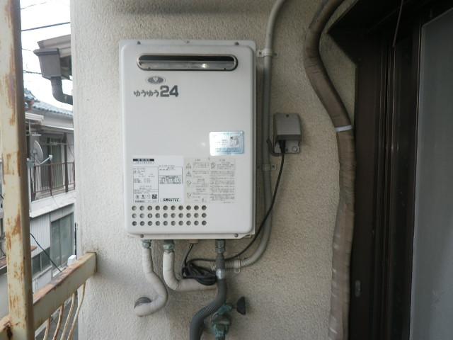 尼崎市大庄北 戸建住宅 ノーリツ24号ガス給湯器 取替交換工事施工 大阪ガス133-0070 GQ-2417WXA から GQ-2439WS-1
