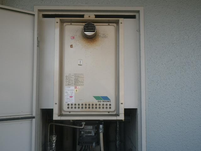 尼崎市大庄西町 マンション ノーリツ16号ガス給湯器 取替交換工事施工 GQ-1610WE-T から GQ-1639WS-T