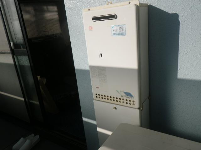 西宮市甲子園マンション ノーリツ16号 ガス給湯器 取替交換工事施工 GQ-1610WE から GQ-1639WS-1