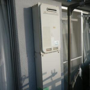 兵庫県尼崎市久々知マンション ノーリツ16号ガス給湯器 高温水供給式 取替交換工事施工 大阪ガス31-664 から GQ-1627AWX-DX BL