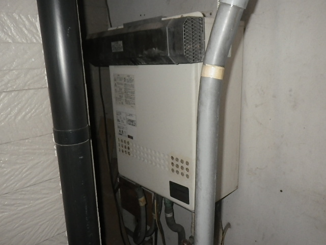 神戸市兵庫区荒田町 戸建住宅 ノーリツ16号ガスふろ給湯器 取替交換工事施工 日立ハウステックWZ-165SAL から GT-1660SAWX