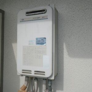 神戸市東灘区住吉東町マンション ノーリツ16号ガス給湯器 高温水供給式 取替交換工事施工 大阪ガス 131-7010 YV1639R から GQ-1627AWX-DX BL