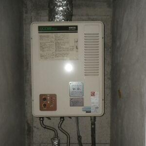 神戸市灘区城内通マンション ノーリツ16号ガス給湯器 屋内設置 強制排気 取替交換工事施工 GQ-1300WFA から GQ-1637WSD-F-1
