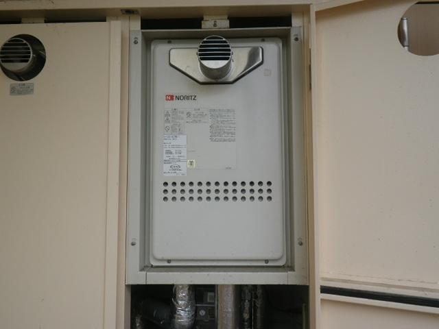 西宮市樋之池町 マンション ノーリツ16号ガス給湯器 取替交換工事施工 GQ-1612WE-T から GQ-1639WS-T-1