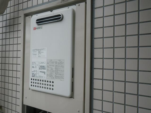 西宮市結善町マンション ノーリツ16号ガス給湯器 取替交換工事施工 GQ-1637WE から GQ-1639WS-1