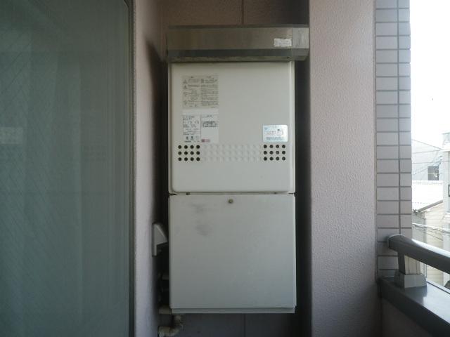 西宮市津門呉羽町マンション ノーリツ16号ガス給湯器 取替交換工事施工 GT-1627SAWX から GT-1660SAWX-2 BL