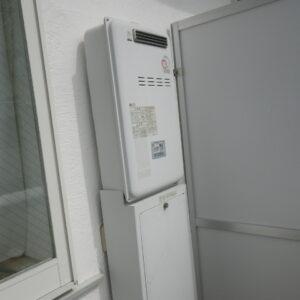 西宮市甲子園口マンション リンナイ20号ガス給湯器 高温差し湯 取替交換工事施工 パーパスTP-SQ204AR-1 から RUJ-A2010W