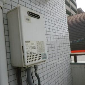 大阪市住吉区遠里小野マンション ノーリツ16号ガス給湯器 取替交換工事施工 大阪ガス133-N820 GQ-1637WS から GQ-1639WS-1